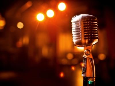 news_open-mic-night_mid